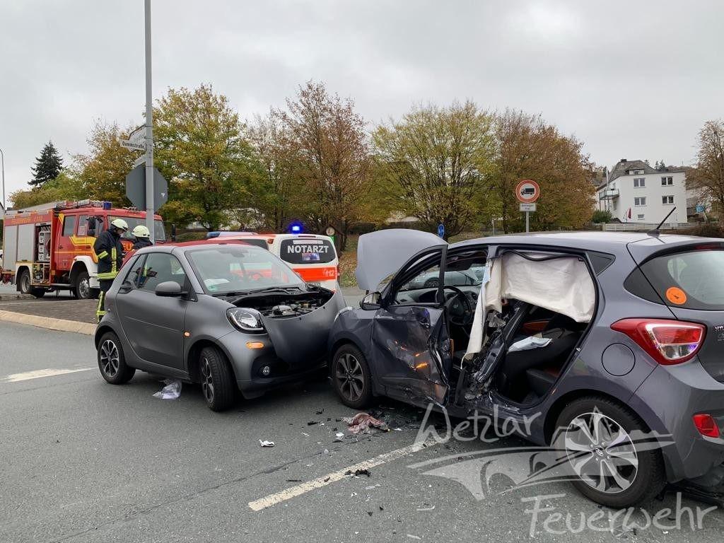 Verkehrsunfall Dammstraße Niedergirmes
