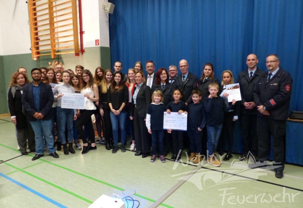Wetzlarer Kinderfeuerwehren mit Minneburgpreis ausgezeichnet