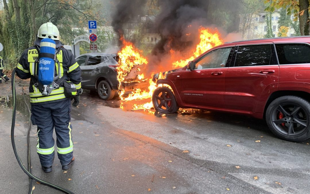 PKW Brand in der Inselstraße
